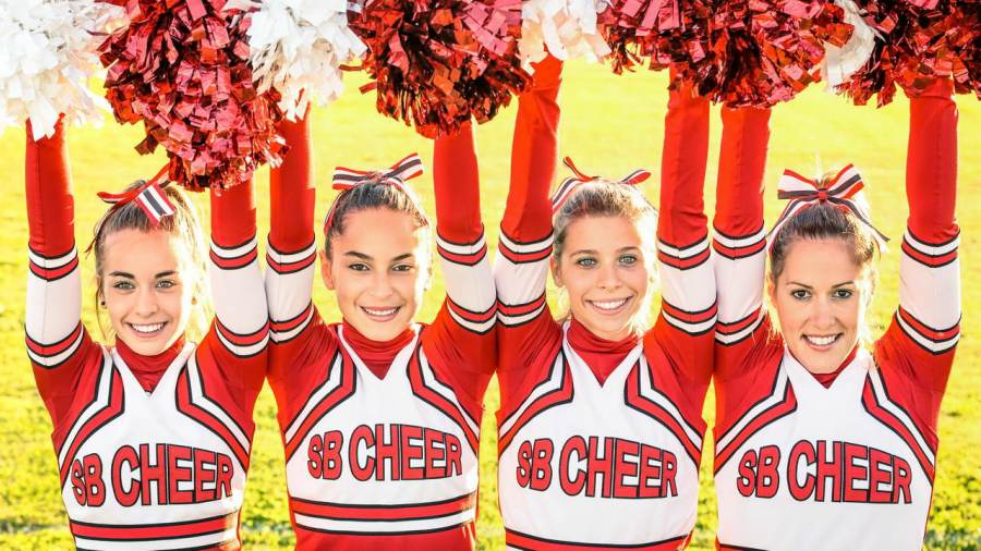 tip-shack.com Cognitive biases; how your mind plays tricks The cheerleader effect
